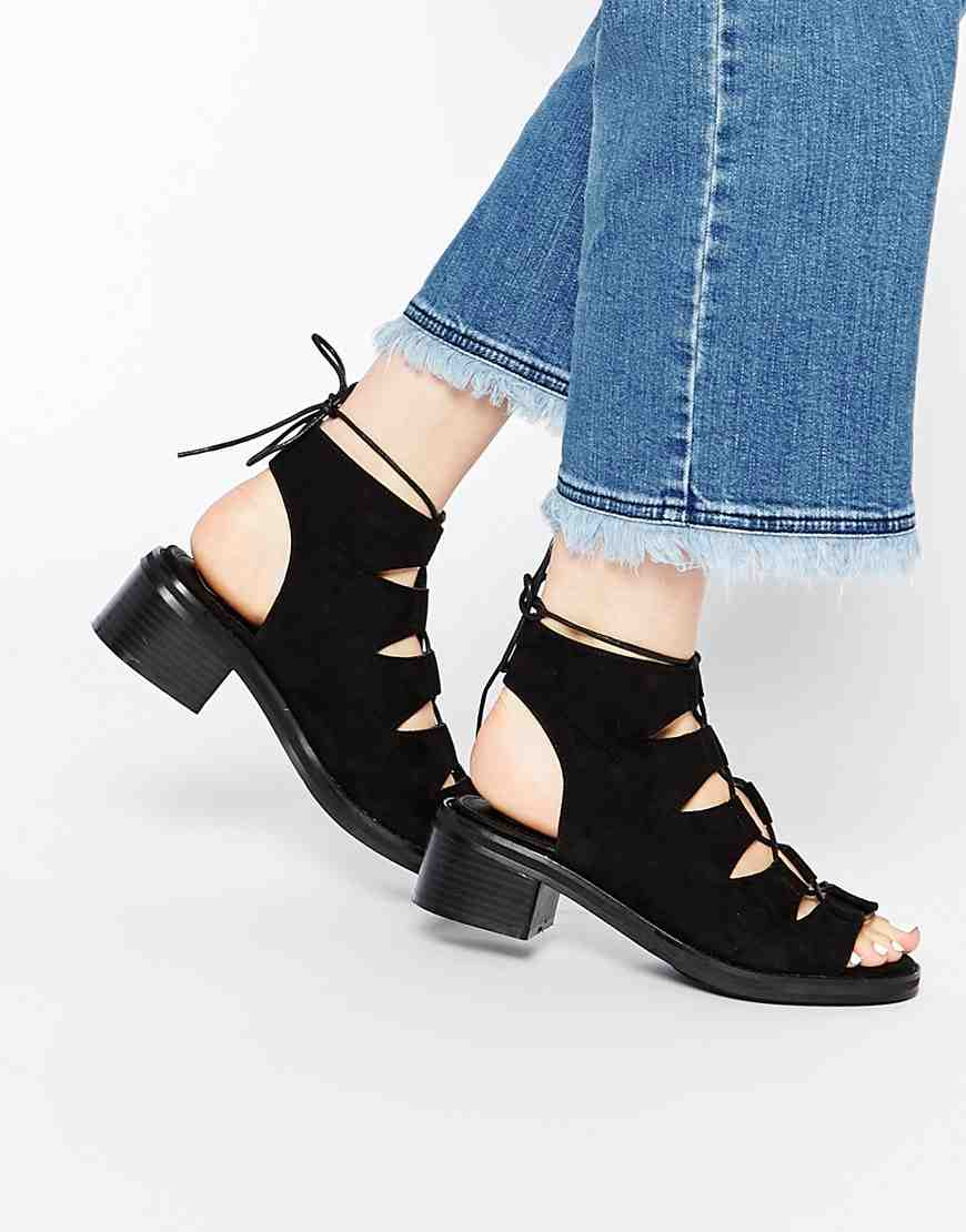 Missguided - chaussures (49€)