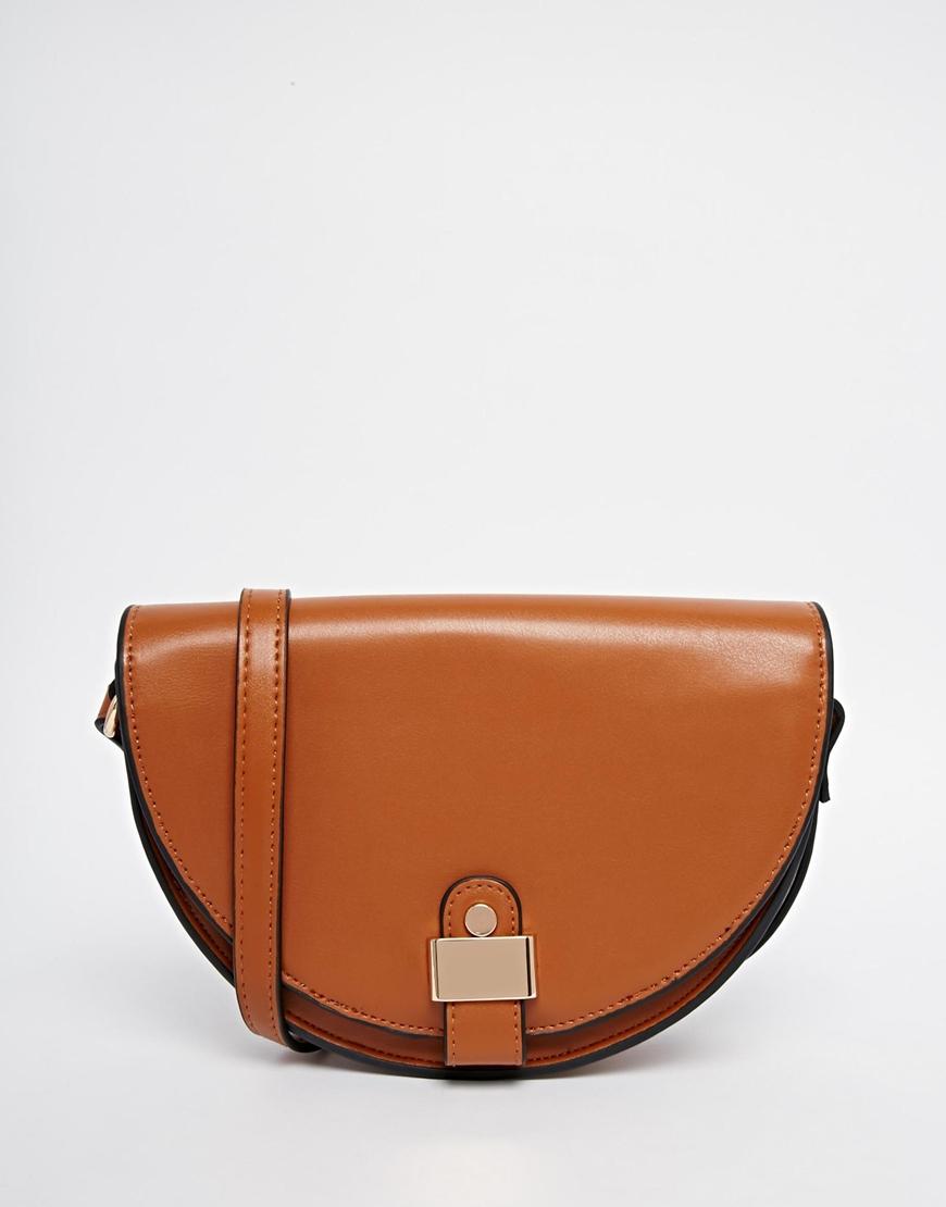 Asos - sac bandoulière (30€)